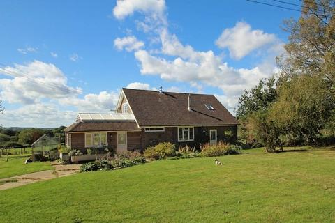 4 bedroom farm house for sale - Castle Hill, Rotherfield