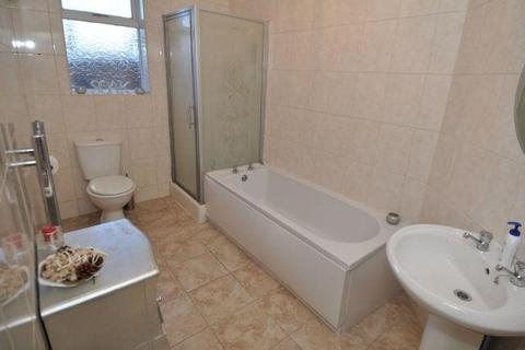 2 bedroom semi-detached house to rent - Buxton Road, High Lane, Stockport, Cheshire, SK6 8DY