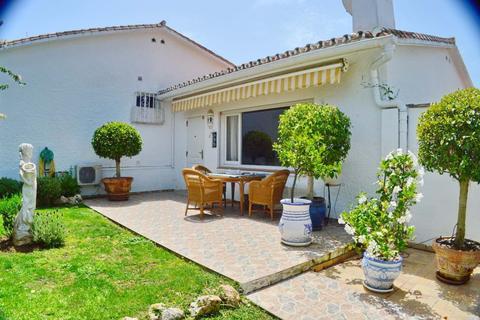 2 bedroom villa  - Costabella, Málaga