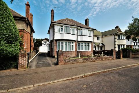 3 bedroom detached house for sale - Geneva Avenue, Southbourne, Bournemouth