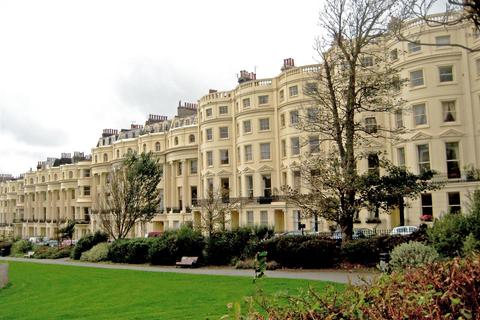 1 bedroom apartment to rent - Brunswick Square, Hove