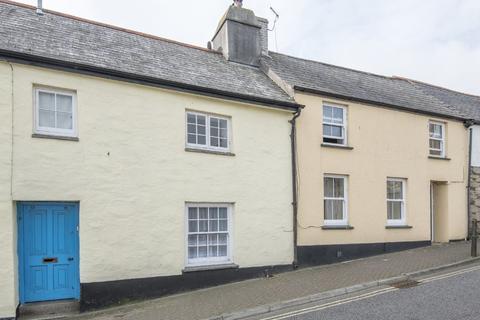 2 bedroom terraced house for sale - Helston Road, Penryn