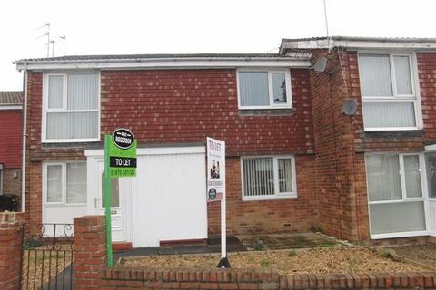 2 bedroom flat to rent - College Road, Ashington - Two Bedroom First Floor Flat