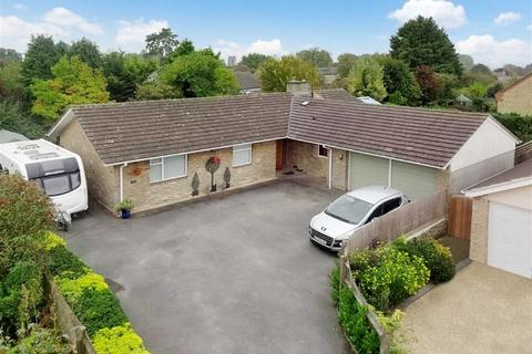 4 bedroom bungalow for sale - ., The Butts, Aynho