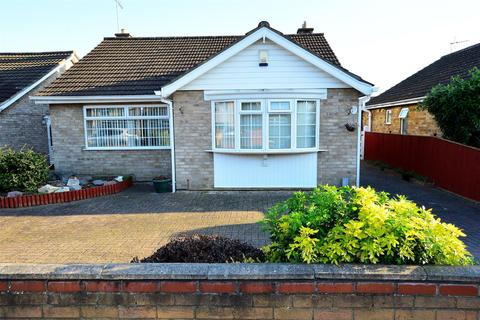 2 bedroom detached bungalow for sale - Robert Avenue, Peterborough