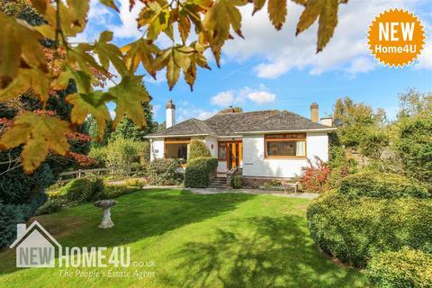 3 bedroom bungalow for sale - Hafod Drive, Gwernymynydd, Mold