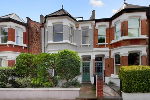4 bedroom terraced house to rent - Hillcrest Road, W3