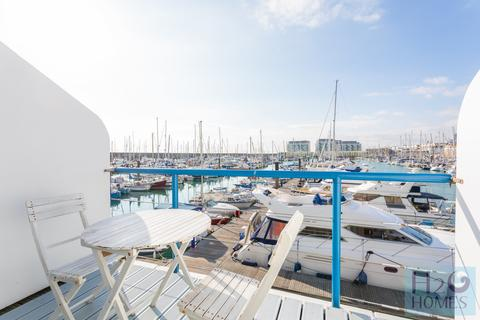 Studio for sale - Eastern Concourse, Brighton Marina Village, Brighton