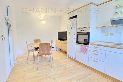 1 bedroom house share to rent - Rope Street, Surrey Quays, London, SE16