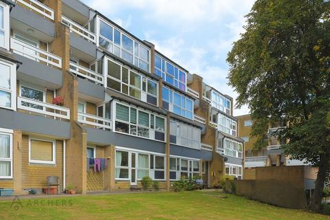 2 bedroom flat to rent - Storth Lane, Ranmoor, Sheffield