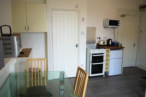 Studio to rent - Dew Street, Haverfordwest