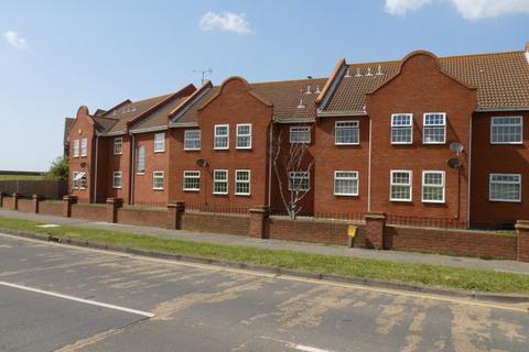 1 bedroom flat for sale - St James Court, Western Esplanade, Canvey Island, Essex, SS8 0AY