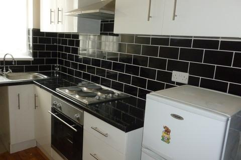 1 bedroom flat to rent - Ashleigh Road, Leicester,