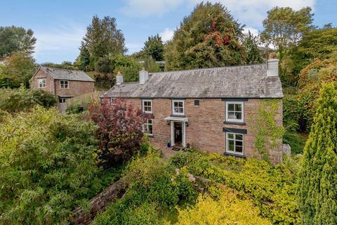 6 bedroom cottage for sale - Blakeney, Lydney