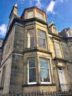 4 bedroom flat to rent - Magdala Crescent, Edinburgh EH12