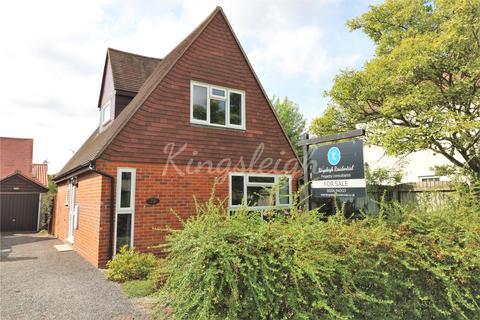 2 bedroom detached bungalow for sale - Dedham Meade, Dedham, Colchester, Essex, CO7