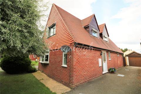 3 bedroom detached house for sale - Dedham Meade, Dedham, Colchester, Essex, CO7