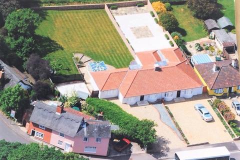 3 bedroom semi-detached bungalow for sale - High Street, Dedham, Colchester, Essex, CO7