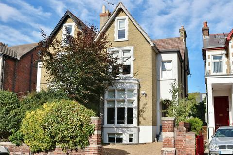 4 bedroom semi-detached house for sale - Clarendon Road, Southsea