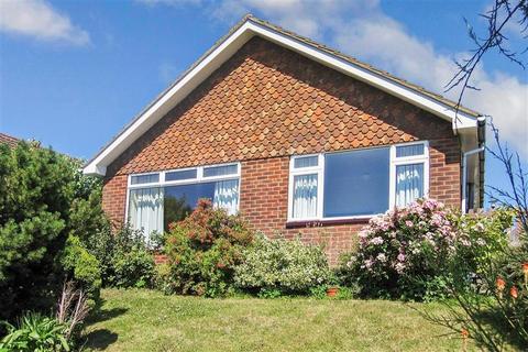 2 bedroom detached bungalow for sale - Warren Close, Brighton, East Sussex