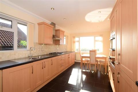 2 bedroom detached bungalow for sale - Warren Close, Woodingdean, Brighton, East Sussex