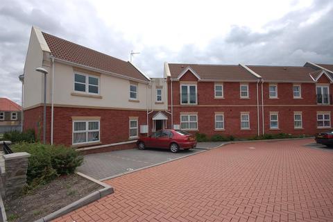 2 bedroom flat to rent - Saddlers Court, Kennington Road, Kingswood, Bristol BS15 1SF