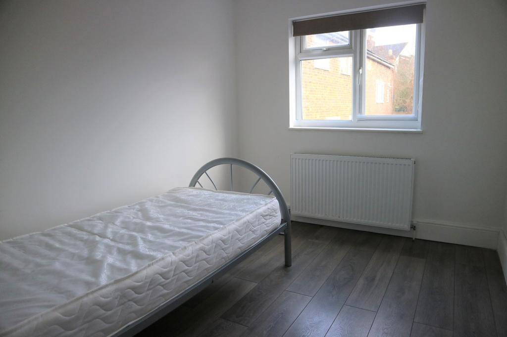 Lr bedroom 4