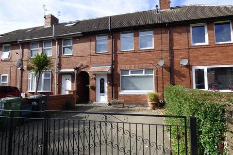3 bedroom terraced house to rent - Lucas Avenue, York