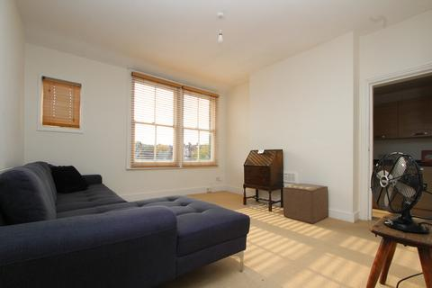 2 bedroom flat to rent - Alexandra Park Road, Muswell Hill