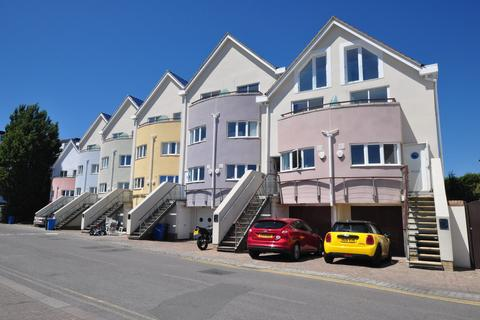 5 bedroom semi-detached house to rent - Blue Lagoon View, 2 Salterns Quay