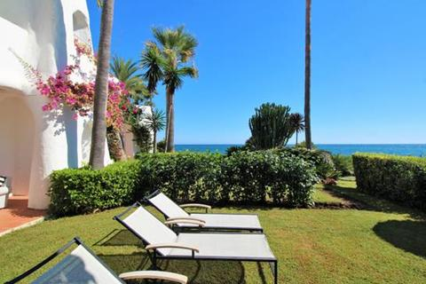 2 bedroom apartment  - Ventura del Mar, Marbella, Malaga