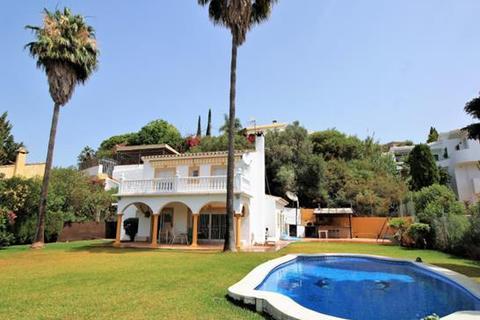 4 bedroom villa  - El Rosario, Marbella, Malaga