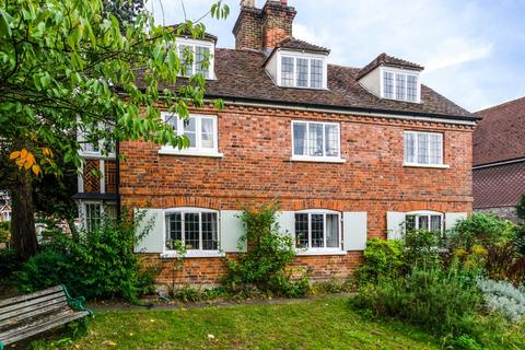 4 bedroom detached house for sale - The Green, Sidcup, DA14 6BS