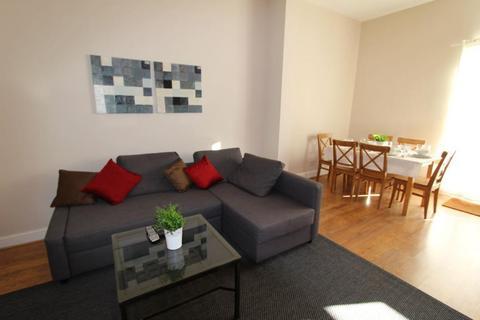 2 bedroom flat to rent - Hammersmith Grove, Hammersmith, W6 0NQ