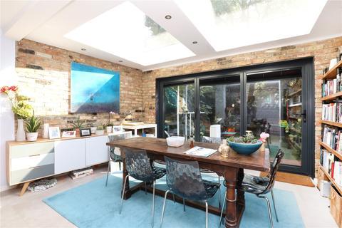 4 bedroom terraced house for sale - Colvestone Crescent, Hackney, London, E8