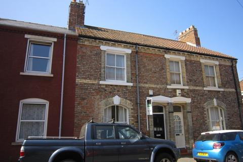 3 bedroom terraced house to rent - Wellington Street, Heslington Road