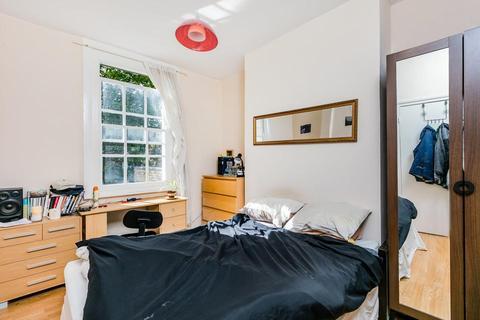 3 bedroom flat for sale - Lorrimore Road, London SE17