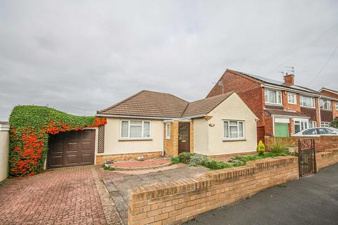 3 bedroom detached bungalow for sale - Wingfield Road, Lower Knowle, Bristol, BS3 5EQ