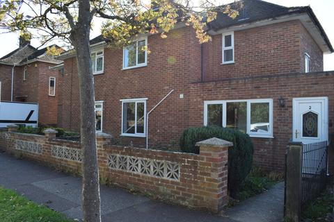 7 bedroom semi-detached house to rent - Edgeworth Road, Norwich