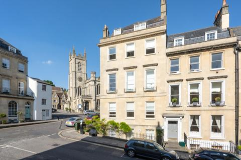 2 bedroom apartment to rent - Russell Street, Bath