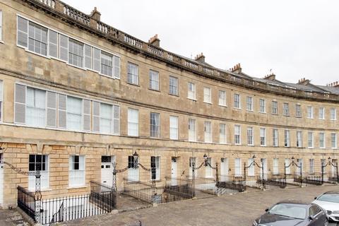 2 bedroom apartment to rent - Lansdown Crescent, Bath