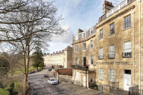 3 bedroom apartment for sale - Lansdown Place West, Bath