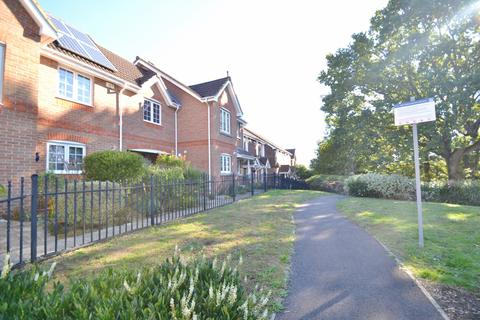 3 bedroom end of terrace house for sale - Branksome