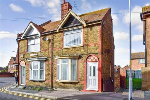 3 bedroom end of terrace house for sale - High Street, Margate, Kent