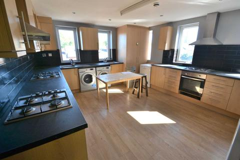 10 bedroom flat to rent - Whitley Street, Reading