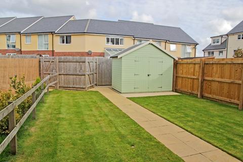 2 bedroom ground floor flat for sale - Y Bae, Bangor, North Wales