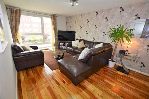 2 bedroom flat for sale - Hanson Park, Dennistoun, G31