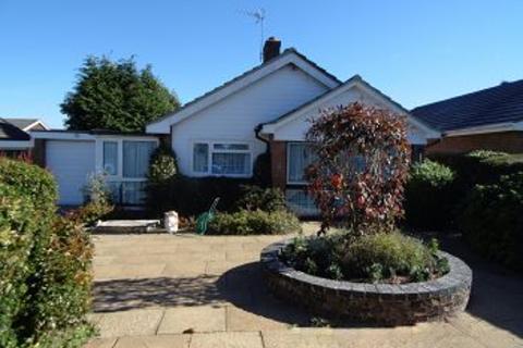 3 bedroom detached bungalow to rent - Oakley, Hants