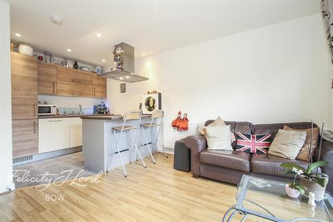 1 bedroom flat to rent - So Bow, E3