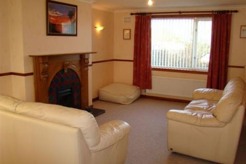 3 bedroom semi-detached house to rent - Pennyland Drive, Thurso, Caithness, KW14
